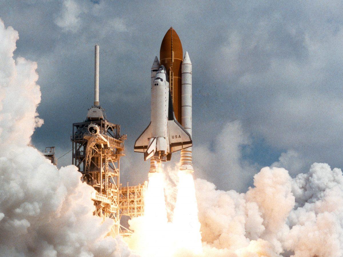 El trasbordador espacial, la primera nave espacial reutilizable