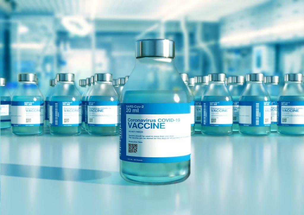 La seguridad y eficacia de las vacunas Covid-19 serán evaluadas ahora que se están aplicando en la población en general.